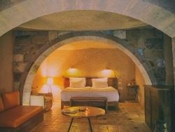 カッパドキアの絶景も!絶対泊まりたい洞窟ホテル