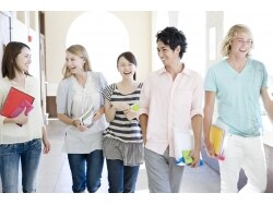 「全留時代」の留学費用は給付型奨学金を活用