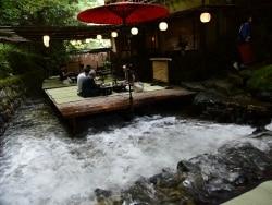 初秋の京都 季節の移ろいを感じる鞍馬・貴船の旅