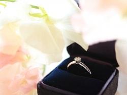 贈りたいのに……彼女が婚約指輪を遠慮するとき