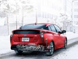 新型プリウス4WDが驚異の燃費34km/Lを生むワケ