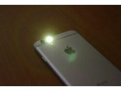 iPhoneで着信時に通知ランプを点滅させる方法