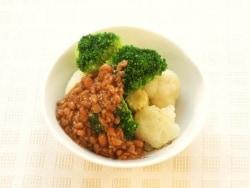 納豆ドレッシング温野菜サラダ