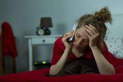 「私のことが好きなら行動で示して」という愛情を試す電話が頻繁にかかってくる。