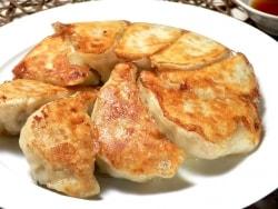 皮に秘密あり!もちもち焼き餃子&水餃子のレシピ