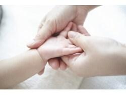 生後数ヶ月の湿疹予防が、全身のアレルギー予防に?