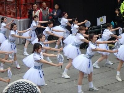 女子学生らによるダンス