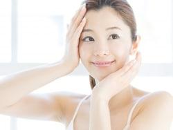 ニキビ痕で悩む前に!皮膚科で受けられるニキビ治療法