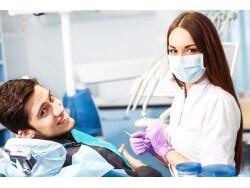 光をあてて歯周病を治す? 最新の光殺菌療法とは