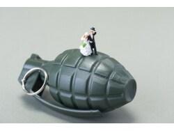 突然訪れる離婚、日本の妻が「時限爆弾妻」になる理由
