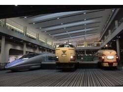SLから新幹線まで53両が集結! 京都鉄道博物館の魅力