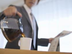コーヒーやエナジードリンク…カフェイン中毒の予防法