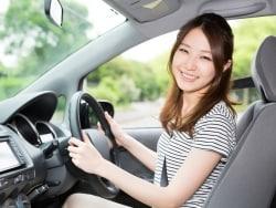 自動車保険のロードサービスとJAFは何が違うの?