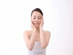 肩こりで老け顔が加速?肩からの美容トラブル解消法