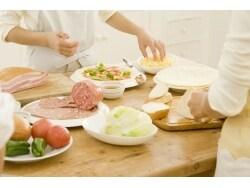 料理で人を喜ばせる「フードコーディネーター」取得法