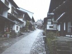 馬籠宿の古い町並みを歩く【岐阜】