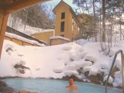 冬の白骨温泉は湯元齋藤旅館の雪見露天風呂がおすすめ
