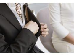 結婚式・披露宴にお呼ばれした際の服装マナー(男性編)