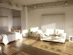 一人暮らしはベッドとソファのどちらを買うべきか?