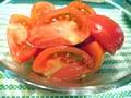 新鮮でみずみずしいトマトを食べよう! トマトのシンプルサラダ