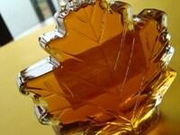 粉状になっている砂糖は、実はどれもそれほどカロリーは変わりません。黒砂糖や三温糖も使いすぎには注意を!