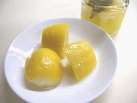 レモンの皮が柔らかくなったら出来上がり