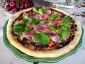 海苔の香りが漂う お醤油風味の和風ピザ