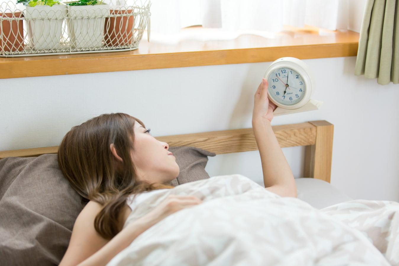 日中に強烈な睡魔がやってくる『過眠症』の症状& …