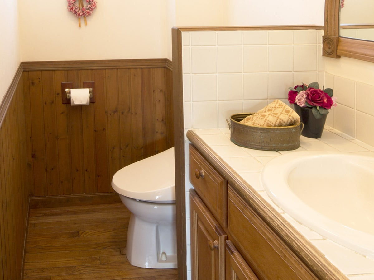 Small Bathroom Layout トイレリフォームの失敗!ワースト8 住宅のプロが教える家の悩み解消術 洗面 All About