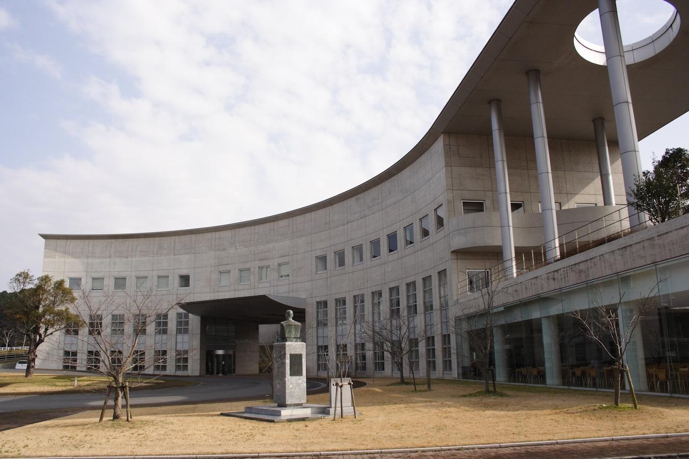 国際 日本 赤十字 看護 大学 九州