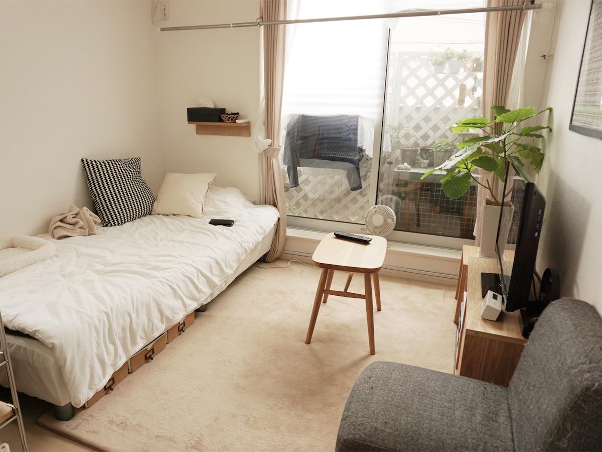 収納なし狭小ワンルームに猫と暮らすインテリア実例 一人暮らし All