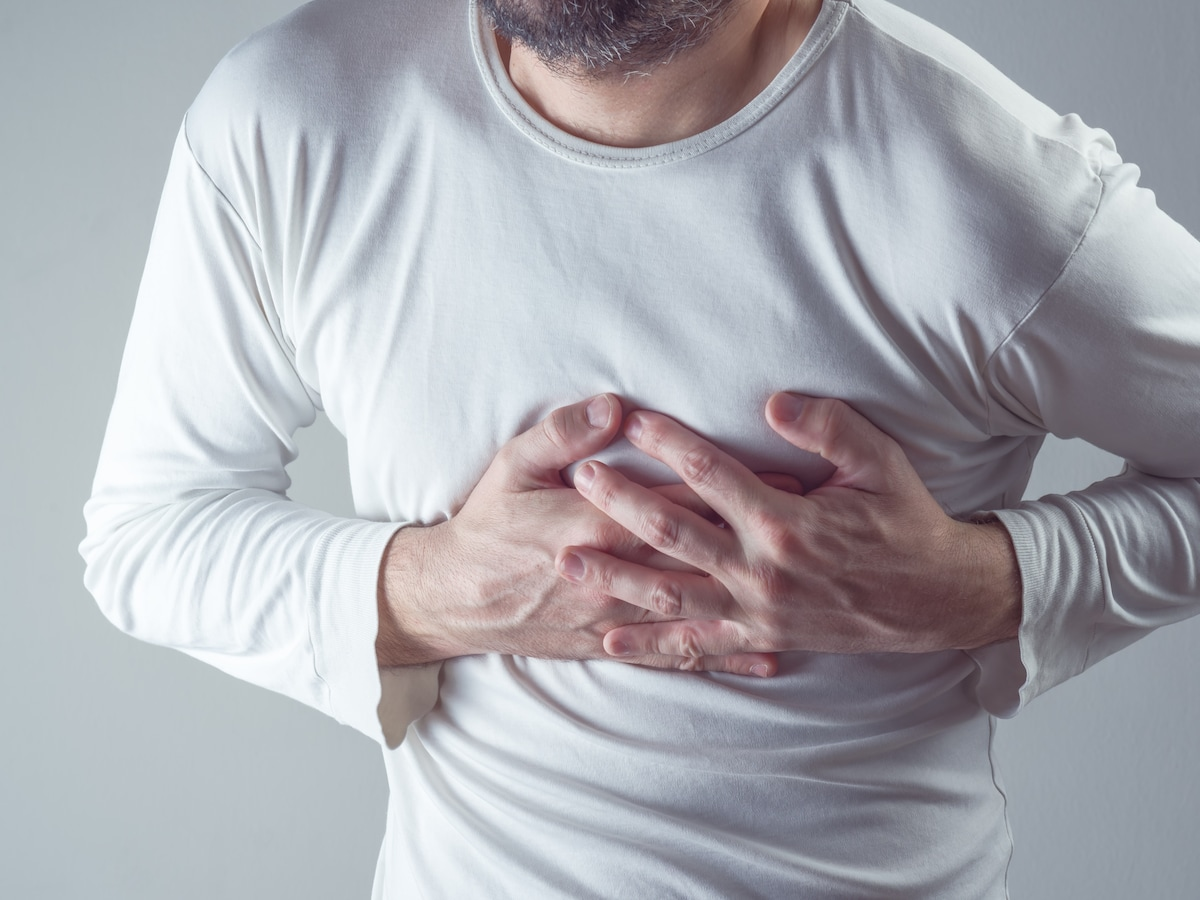 と 痛い を 吸う が 息 胸 左