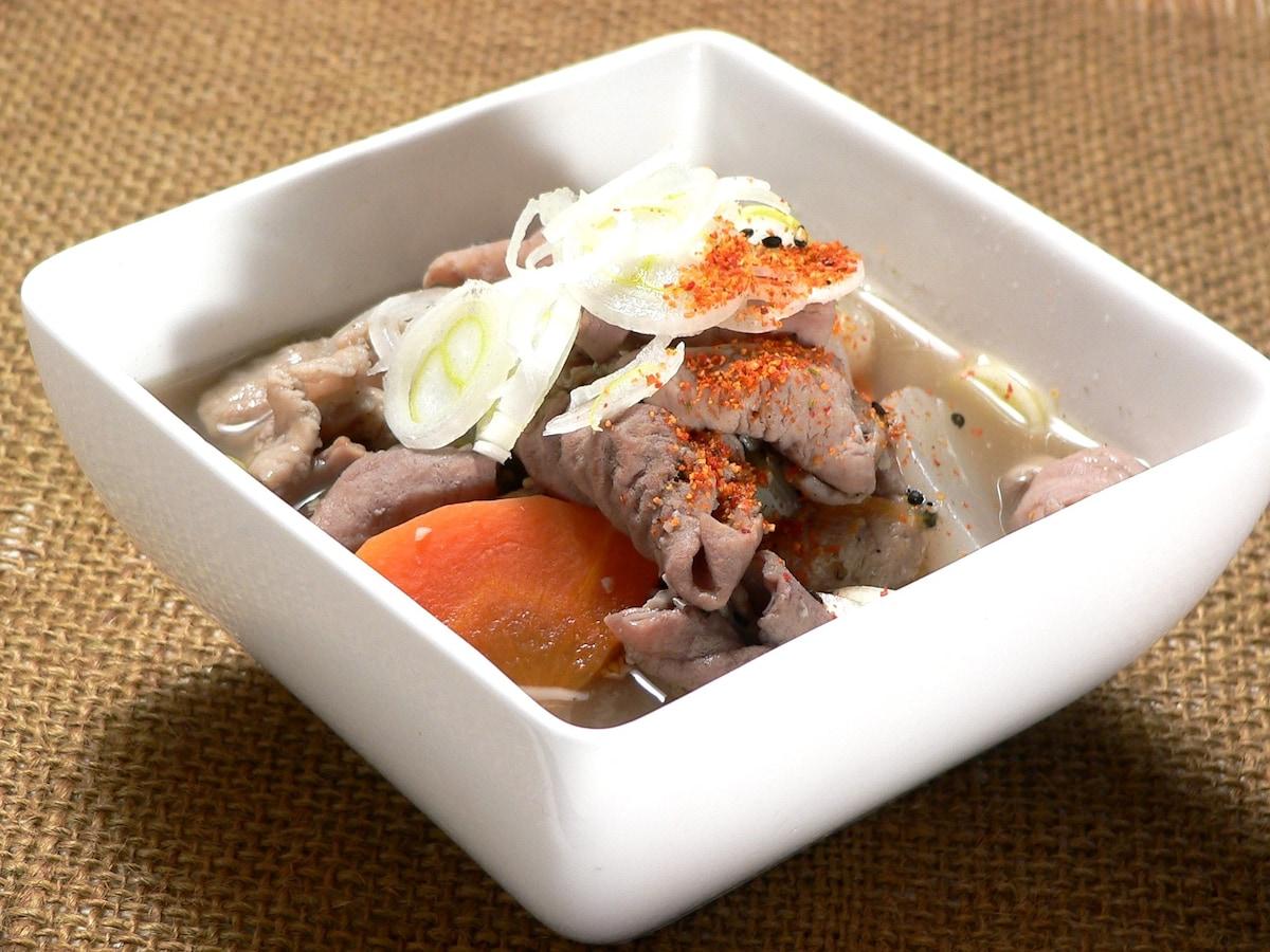 豚 もつ 煮込み レシピ 人気