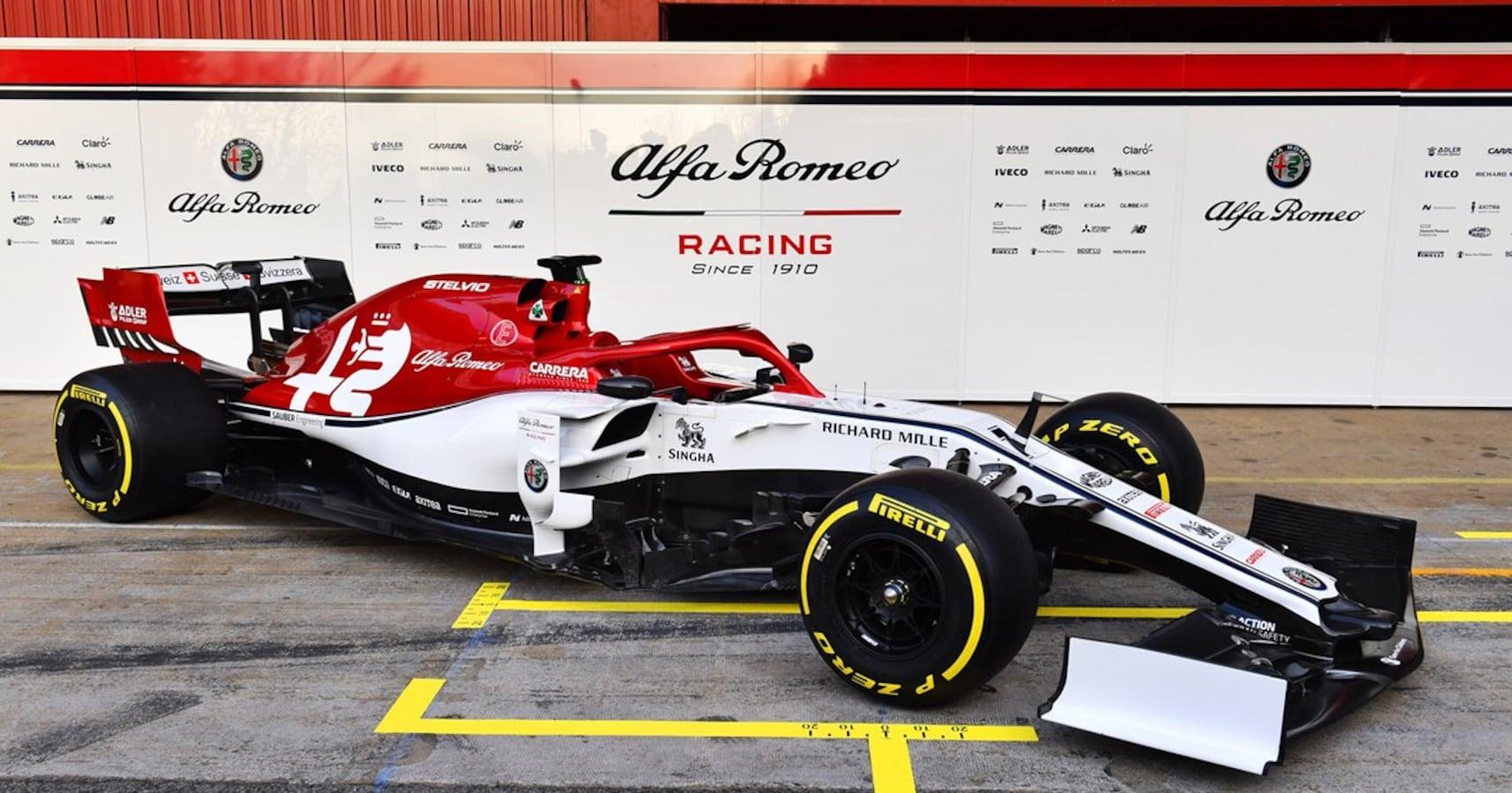 アルファなのにフェラーリ、アストンなのにホンダ……なぜF1は名前と中身 ...