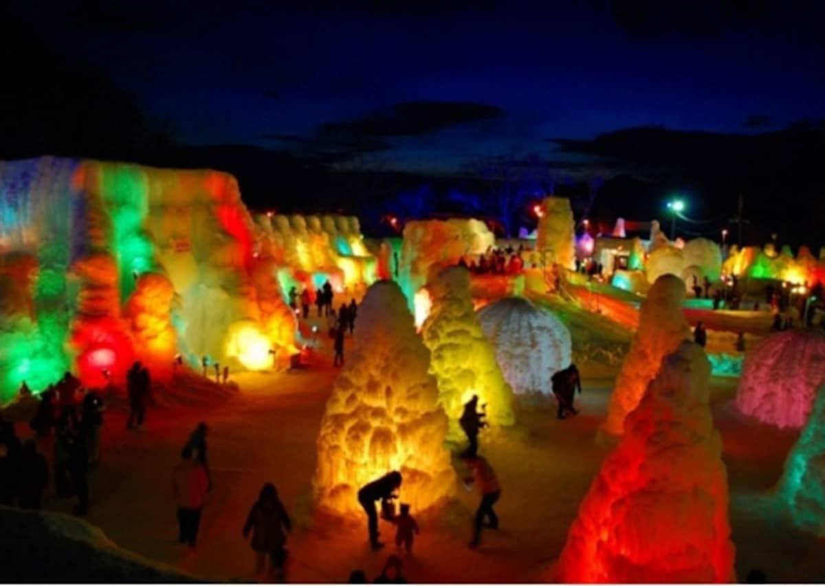 5.시코츠 강 얼음축제