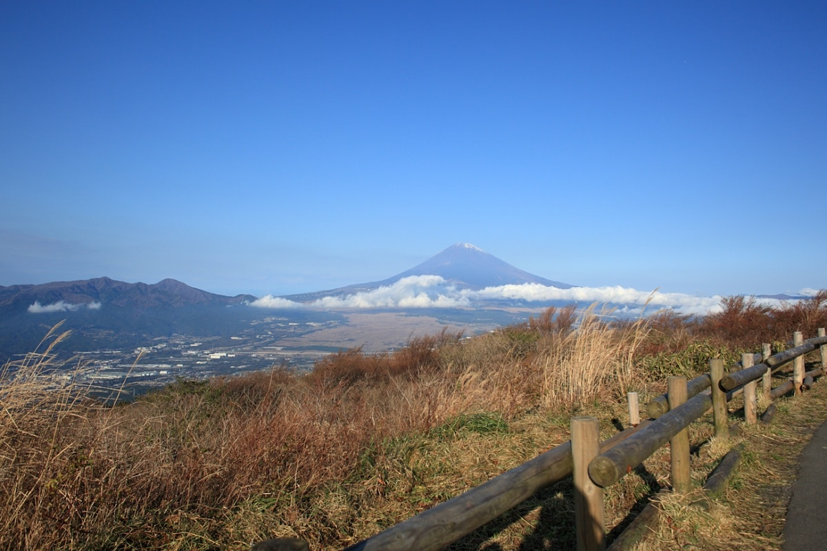 5. Ashinoko Skyline (Hakone)