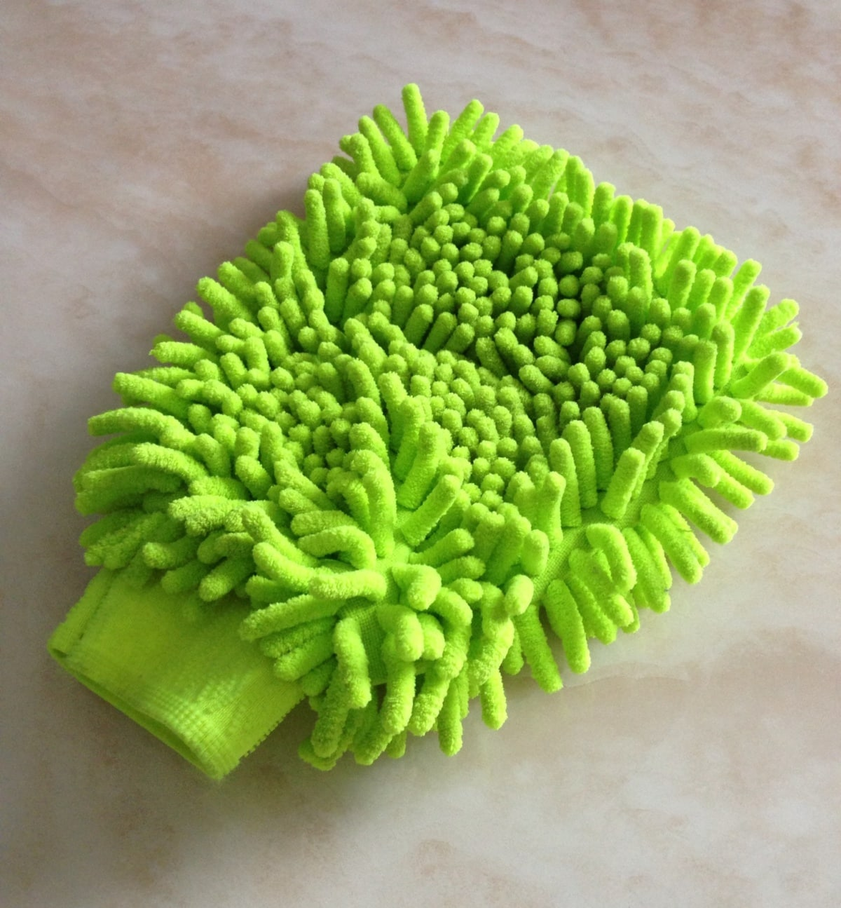 9. Glove Wipe (Hand Mop)