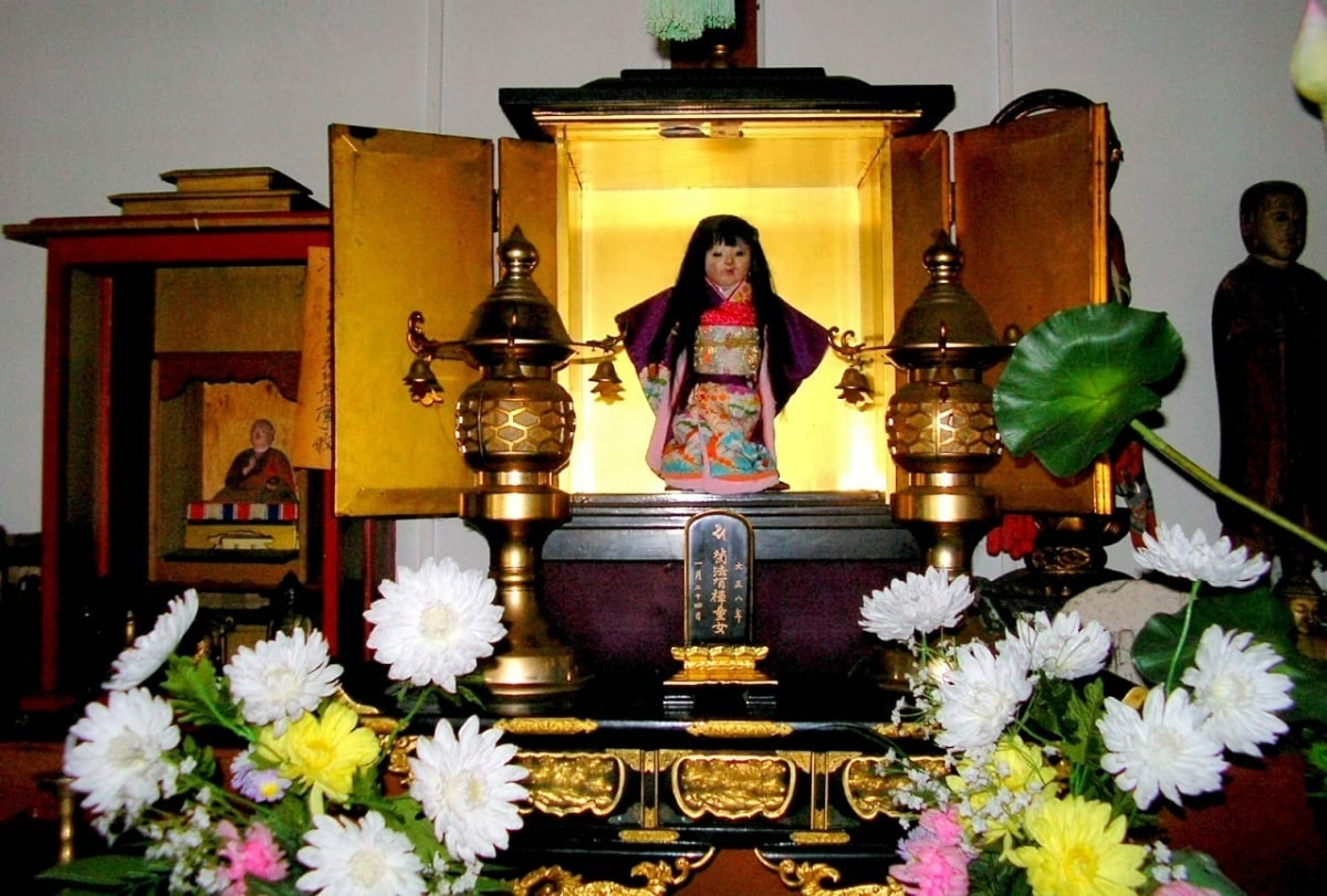 japan s 8 creepiest shrines amp temples all about japan