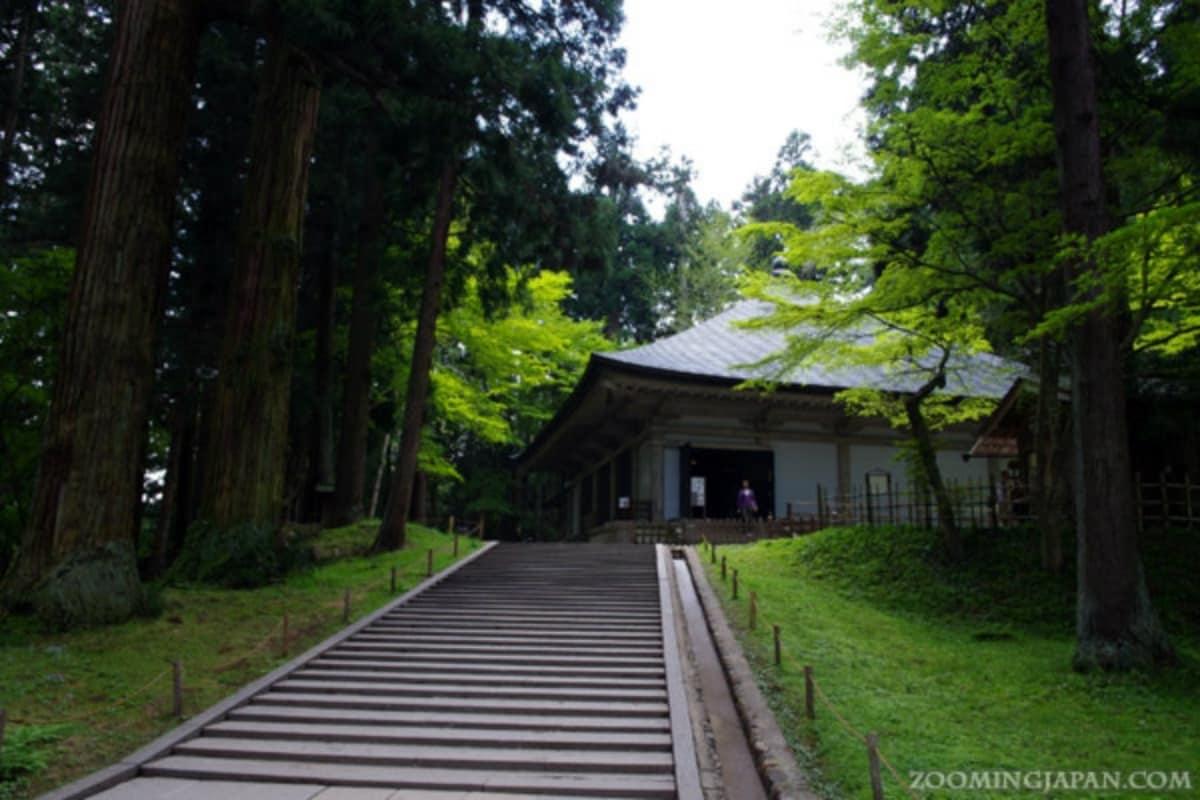 1. Chuson-ji Temple