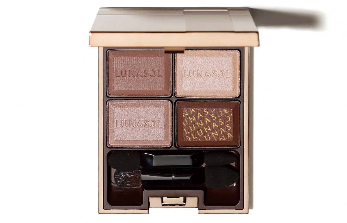 1. Lunasol — Selection De Chocolat Eyes #02 (¥2,000)