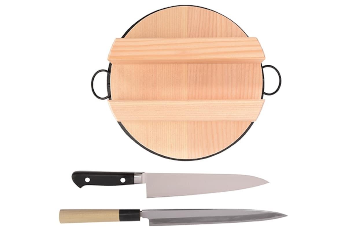 3. Kamaasa Shoten Knives & Rice Kettle (Tokyo)