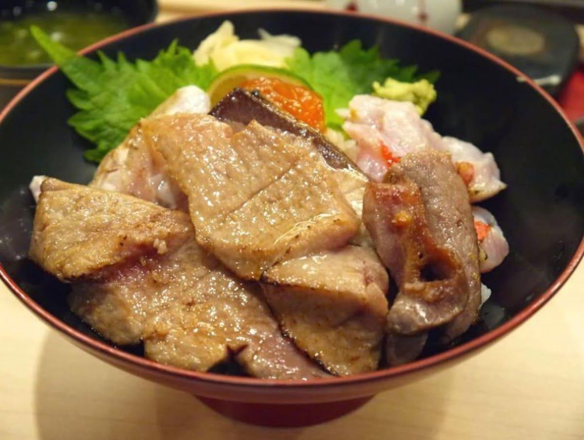 10. Seafood restaurant: Aozora Sandaime