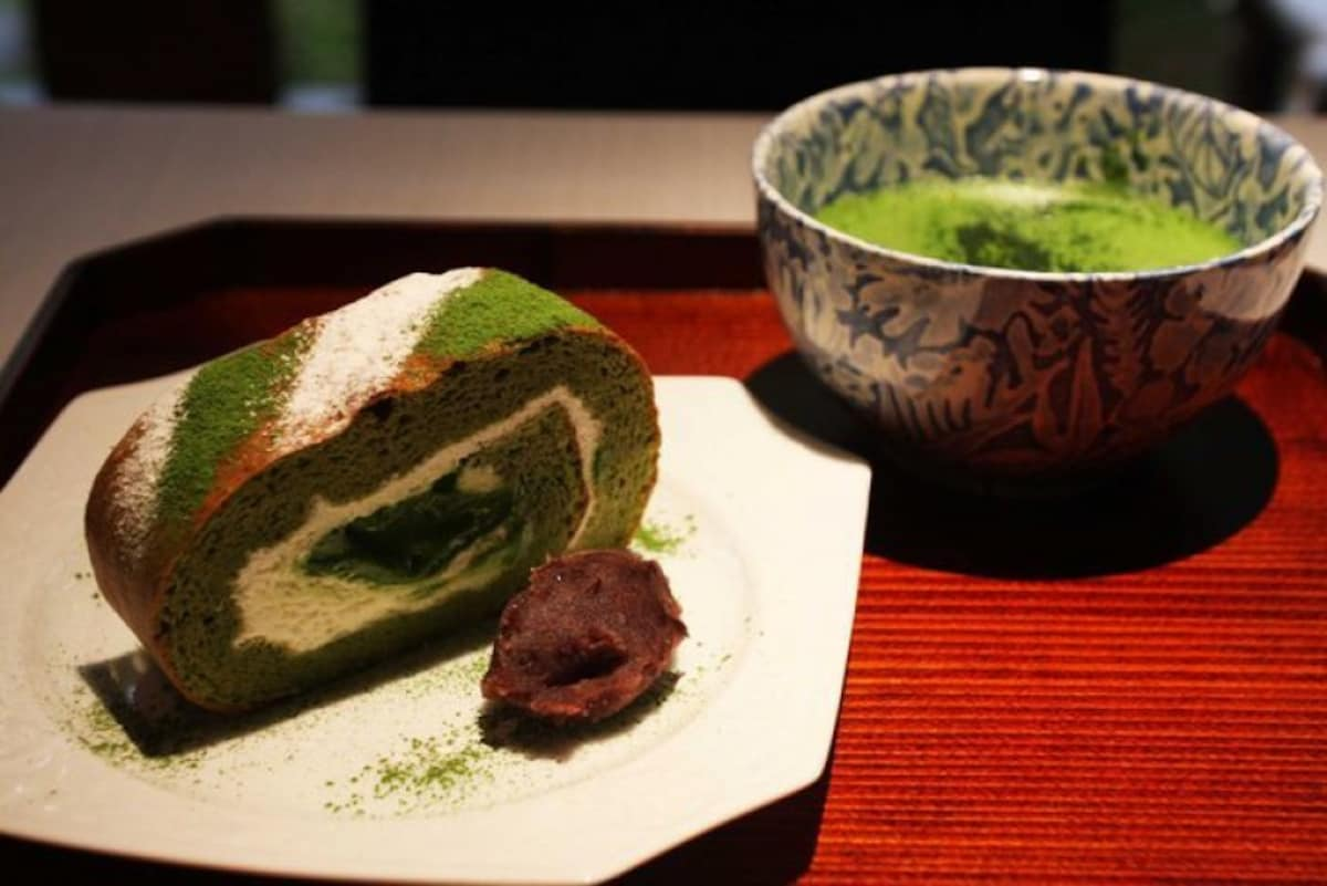 7. Matcha Roll Cake from Marukyu Koyamaen: deliciousness that melts in your mouth