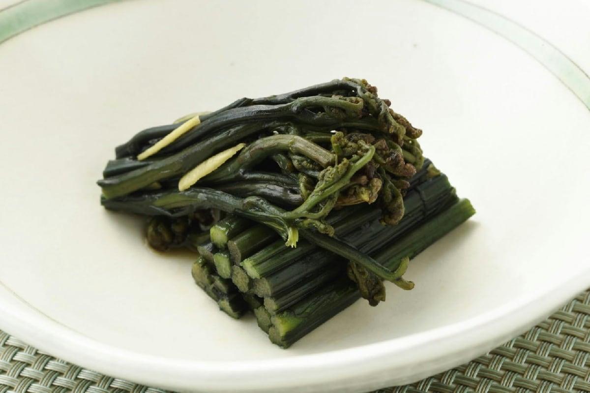 12. 'Sansai' (Mountain Vegetables)