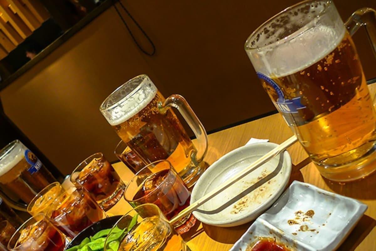 1. Biiru nomu hito ? (ビール飲む人?) ใครดื่มเบียร์บ้าง