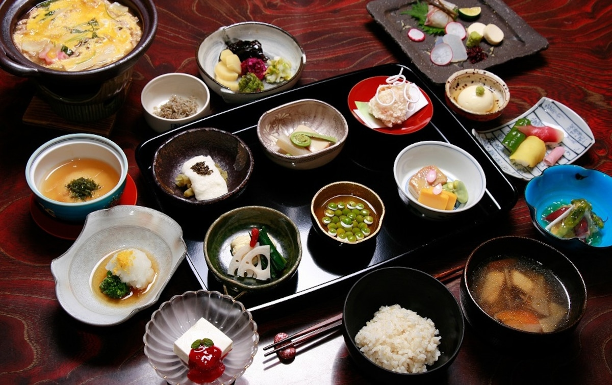 Healthy 'Kaiseki' Cuisine in the Comfort of Your Room