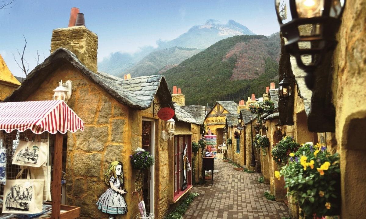 5. หมู่บ้าน Yufuin Floral Village