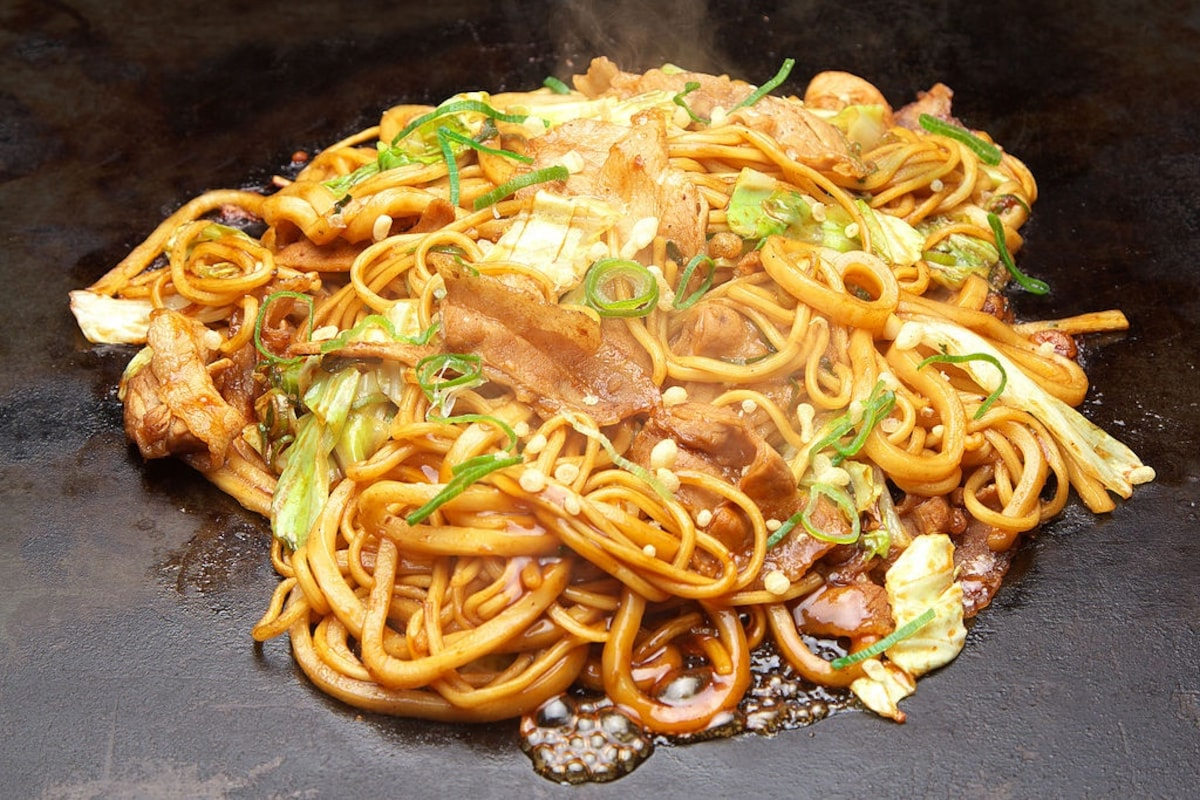 1. Pseudo-Chinese Noodles