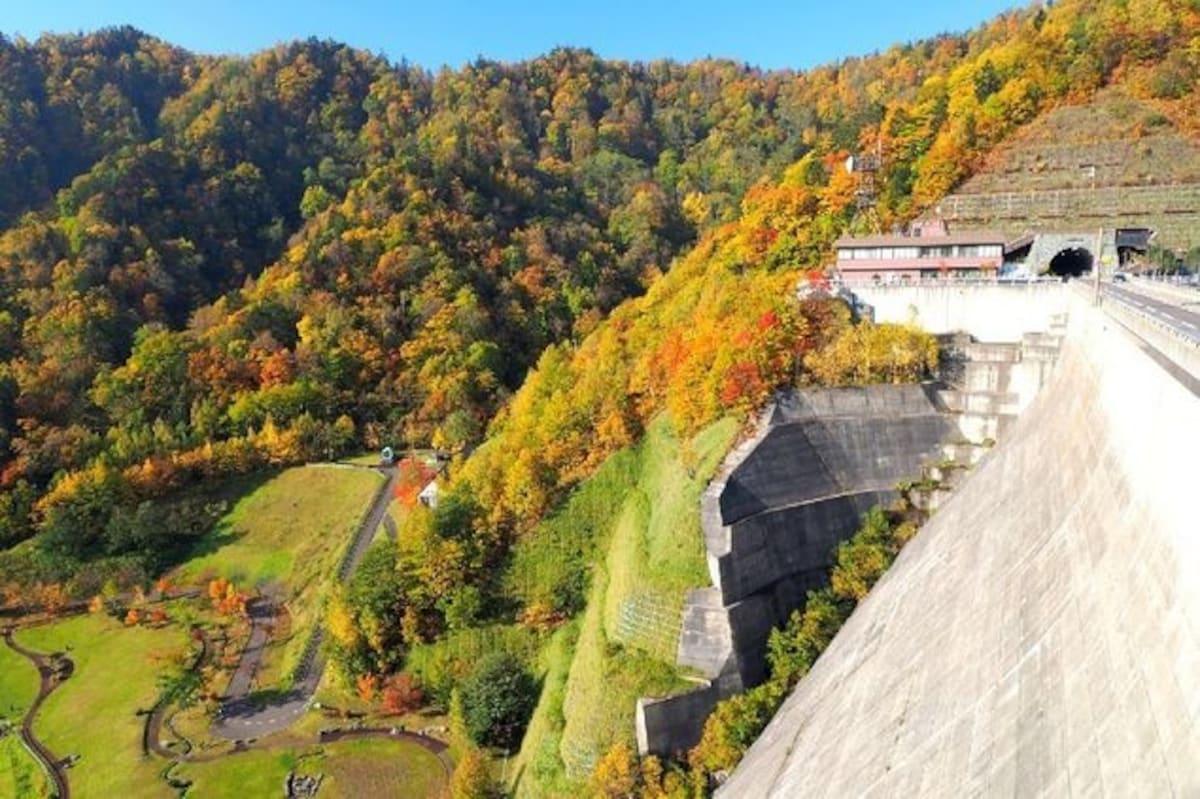 1. 定山渓ダム下流園地 죠잔케이 댐 유원지