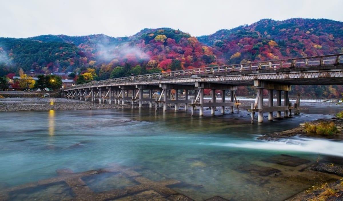 1.아라시야마(嵐山): 11월 하순 ~ 12월 상순
